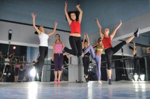 Dance-workout-balletschoolheerhugowaard
